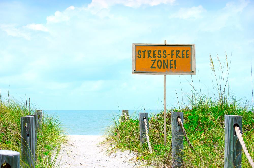 for a stress free wedding in the Florida Keys call akeyswedding.com