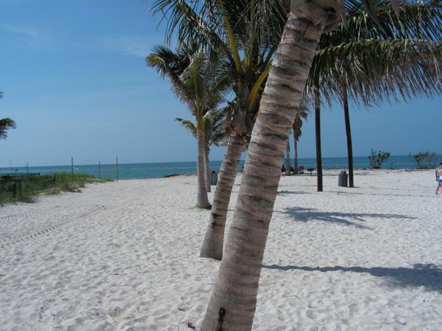 Sombrero beach in the Florida Keys- perfect for a beach wedding